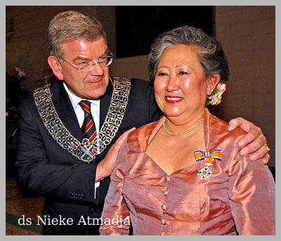 Ds Nieke Atmadja ontvangt  Koninklijke Onderscheiding