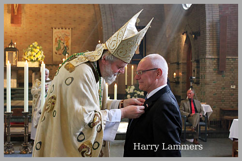 Harry Lammers ontvangt Pauselijke Onderscheiding