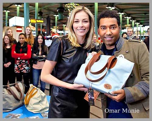 Tassen Omar Munie : Nieuws omar munie ontwerpt reisaccessoires voor schipho