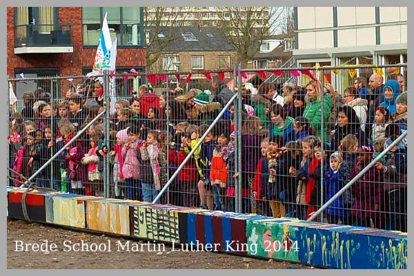 Maarten Luther King school1ste paal NieuwbouwOostelijk Halfrond