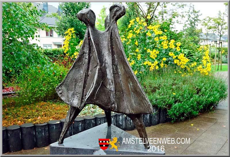 'Mantel der Liefde'Ineke van Dijk