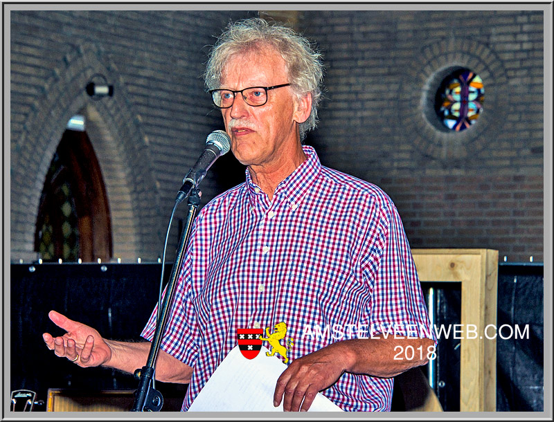 Koos Hagen  presenteert dichtbundel