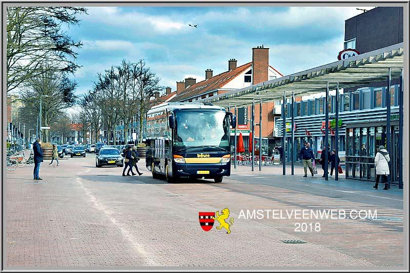 Koude dag, warm onthaal voor  Mark Rutte in Amstelveen