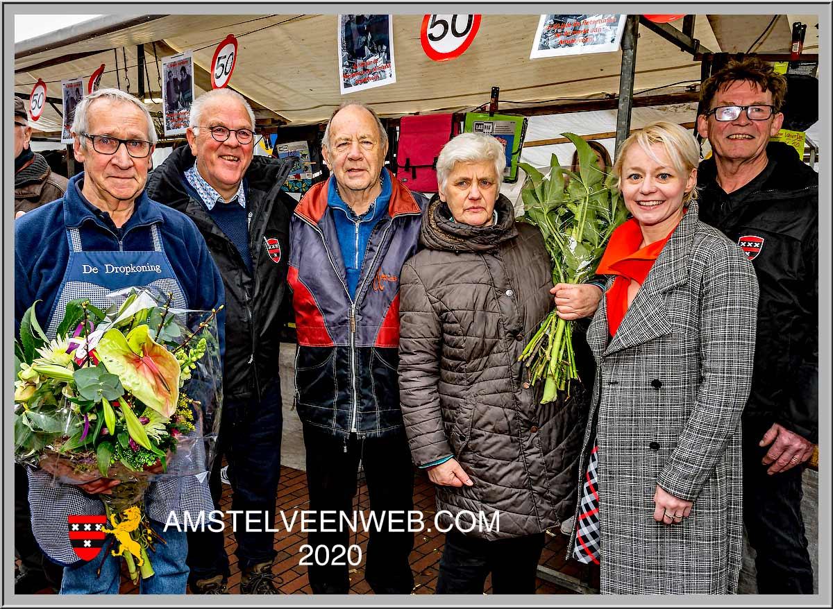 Aad Baas en Broer Hartkamp  al 50 jaar weekmarkt Amstelveen